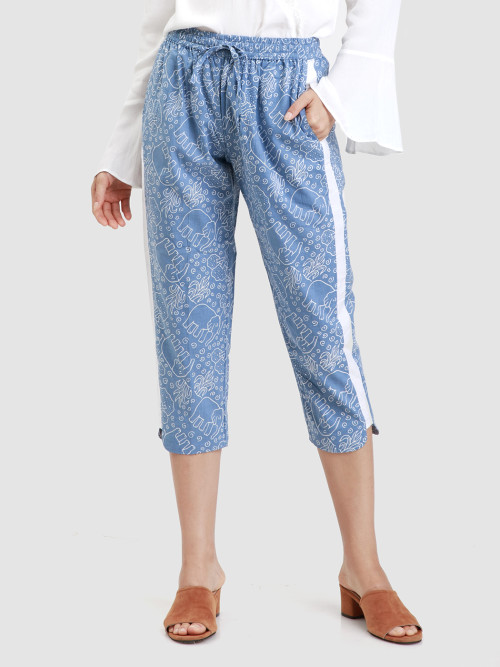 Pome Cropped Pants in Blue image