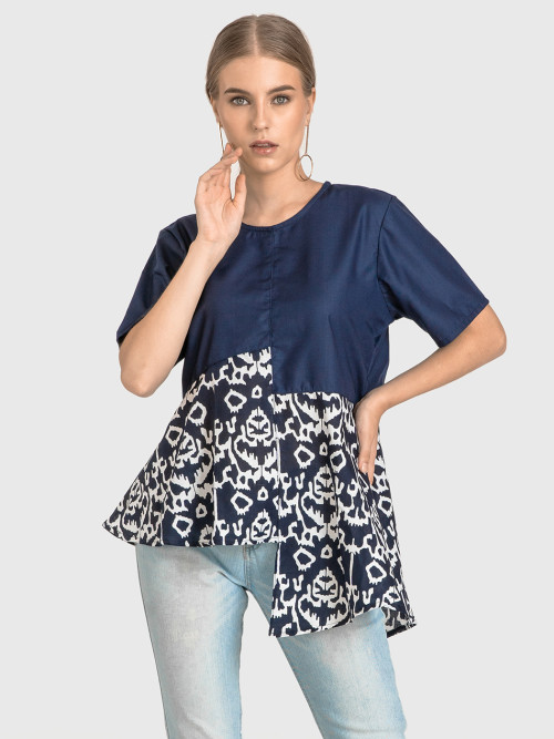Raye Asymmetric Top in Navy image