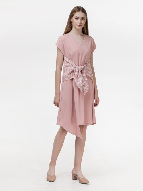 Koya Bow Dress in Pink (PRE-ORDER) image