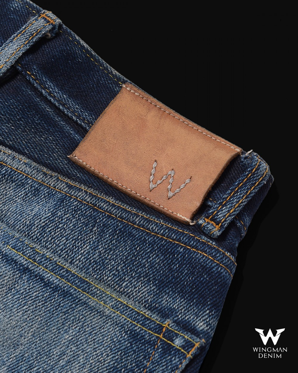 "SIGNATURE ""W"" LEATHER PATCH"