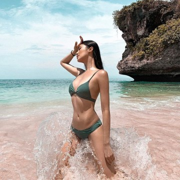 Belinda Bikini