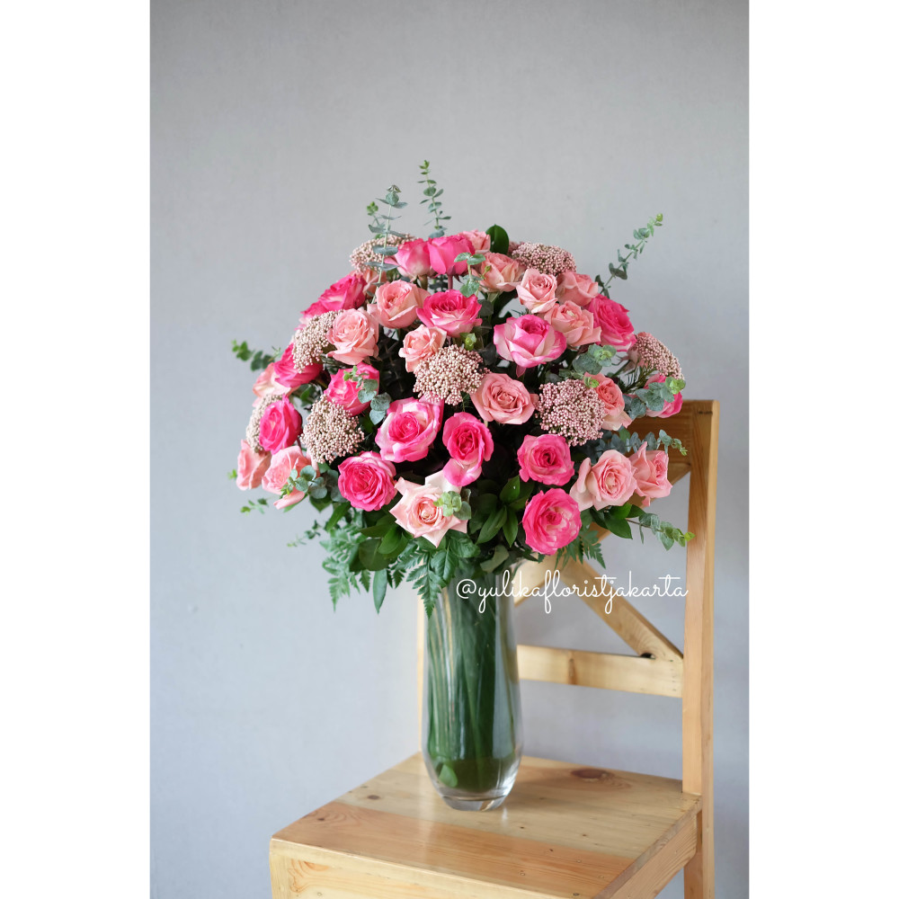 Round and Round - centerpieces / fresh flowers ( VGGG)